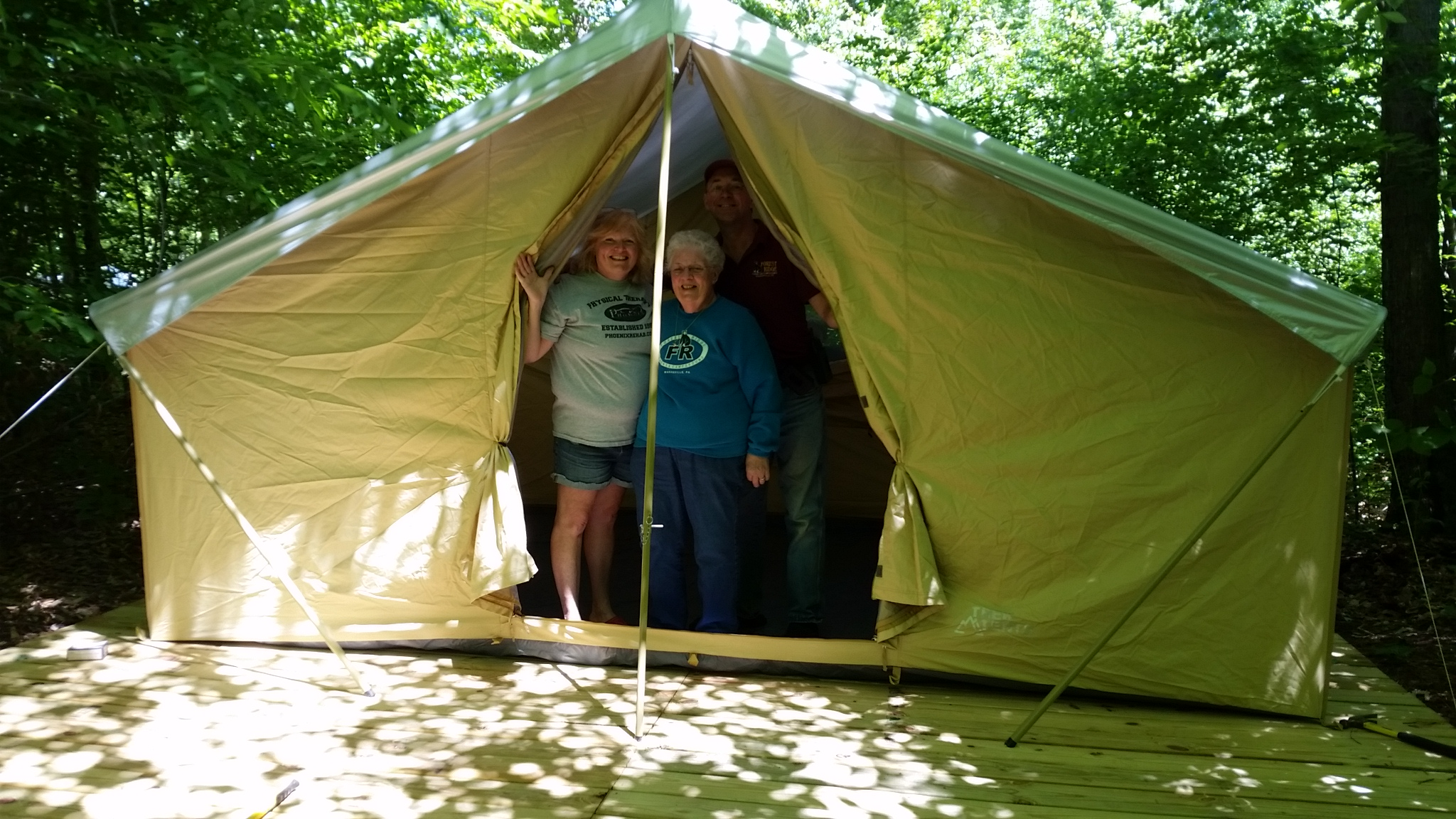 Are you a u201ctenteru201d at heart but just donu0027t feel like hauling all your gear and sleeping on an air mattress? Now you can enjoy Tenting with all the comforts ... & Denali Safari Tent u2013 Forest Ridge